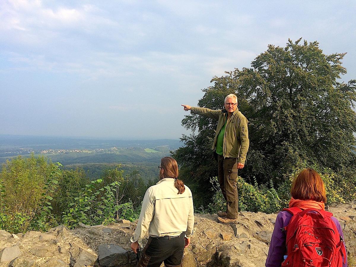 Wer mit Sven von Loga im Siebengebirge unterwegs ist, sieht und erlebt mehr