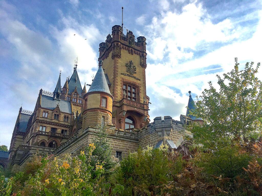 NRW Sehenswürdigkeiten - Schloss Drachenburg in Königsmünster