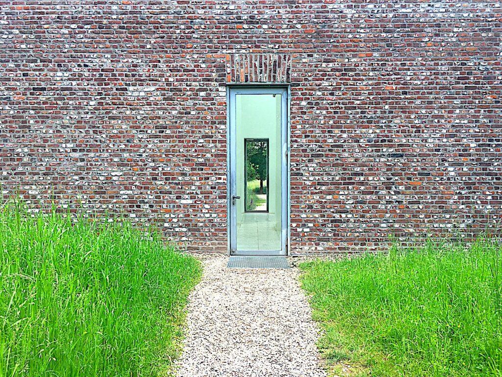 Die Museumsinsel Hombroich zählt zu den NRW Sehenswürdigkeiten.